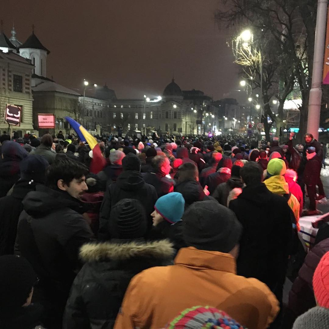 Romanian protests noamnisty romania